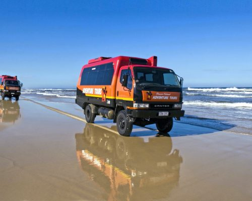 fraser-island-tour-4wd-vehicles-3